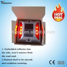 TOP Manufacturer IP68 LED Solar Flashing Light for Street
