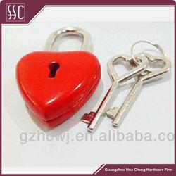 fashion metal mini padlock in heart shape ,red mini padlock with key,fashion decorative padlock for bag accessory