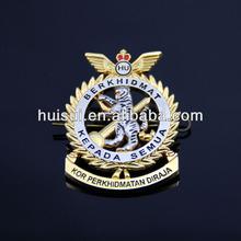 2014 High quality promotional custom metal lions club badge