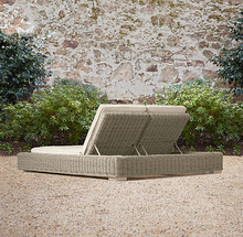 2015 Hot Sale Grey Double Chaise Garden outdoor rattan/wicker daybed set