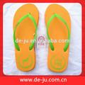 venta al por mayor de china de goma zapatillas y sandalias nude niño zapatillas de playa