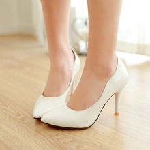 The new point a stiletto shoes/Joker shallow mouth patent leather shoes
