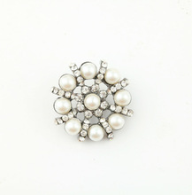 Latest design wholesale elegant alloy crystal rhinestone buttons pearl ornaments
