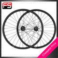 envío gratis un par de 700c avance rápido de carbono verde por carretera clincher ruedas de bicicleta de ciclismo juego de ruedas de novatec con hub