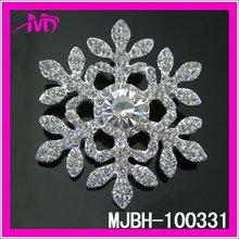 wholesale bulk rhinestone snow flake brooch pin