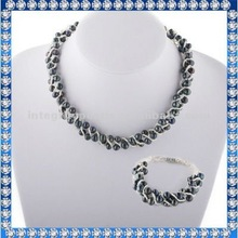 original pearl jewelry set specially designed for girls