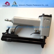 8016 type pneumatic stapler
