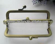 High quality Metal Purse Frame 8.5cm in Antique Brass purse frame for Bag
