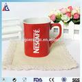 Nescafé taza roja de encargo / taza de café