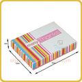 البسكويت ورقة مربع اللون مع شريط ملون