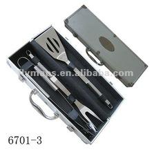 BBQ tool set with aluminum case