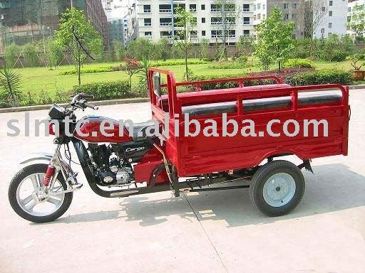SHINERAY 200CC Cargo Three-wheeled Motorcycle