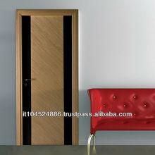 Flush door fine wood