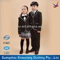 Les écoliers uniforme./uniformes scolaires plaid jupes