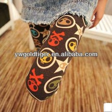 Chic Punk Sexy Bright Candy Color HUE Christmas Skeleton Skull Printed Cheap Wholesale Winter Thick Knitted Cotton Leggings