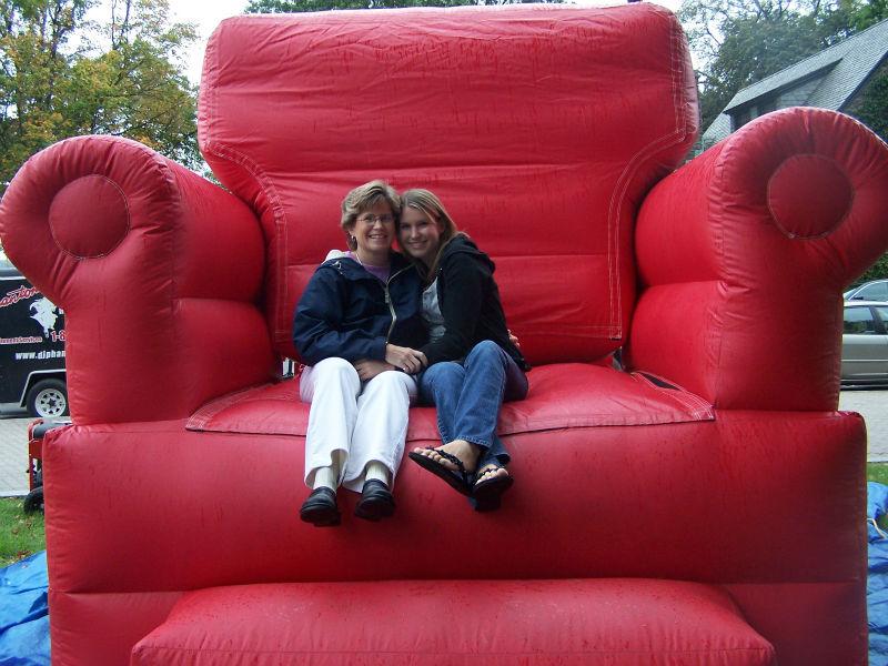 Giant customized inflatable sofa