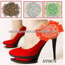 signora rosso pattini di vestito fatto a mano fiori in tessuto con perline accessori