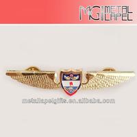 Custom metal soft enamel pin badge/Golden plated Lapel pin/Flying wings soft enamel pin badge