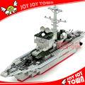 parteibevorzugungen für kinder import china spielzeug kompatibel loz spielzeug block kunststoff flugzeugträger modell Schlachtschiff blocksjoyjoytown84005