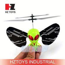 2ch remote sensing flying alien toy,mini plastic toy airplane