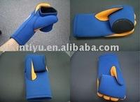 hotselling neoprene glove cooler, glove coozie, glove stubbies
