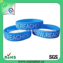 2014 Newest Promotional Products Embossed Logo Wristband and Colored