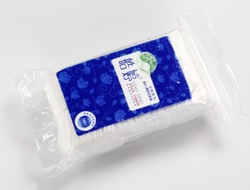 Side sealed facial cotton pad