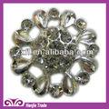 decorativo forma de la flor broche de diamantes de imitación para la invitación de la boda