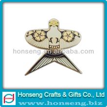 badges/emblems/lapel pins