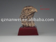 Eagle animal resin figurine statue