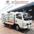 كنس الطريق شاحنة صغيرة تعمل بالديزل مدافع و4 فرش تنظيف الطريق السيارة للبيع