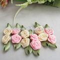Mini-barata fita de cetim feitas à mão flores de fita