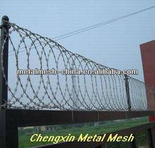 ( anping chengxininnovazione tecnologica) economico e pratico recinto di filo spinato