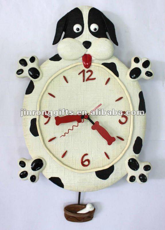 77100 poly. chien pendule horloge murale