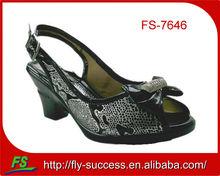 2012 hot selling lady shoe