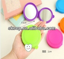 2014 new small promotion gift Woman travel folded cheapest mini fashion lady's round silicone mirror