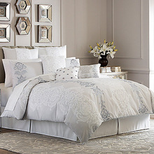White Light and Comfortable 100% Silk Comforter