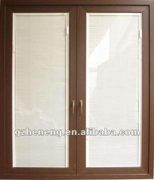 Fen tre de tissu pour rideaux de pvc avec l 39 auvent l 39 int rieur de w - Fixer des rideaux sur fenetre pvc ...