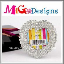 OEM Lovely Design Wholesale Metal Crystal Heart Shaped Big Wedding Photo Frame