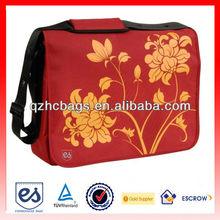 """Cool Sleek Graphic Design 17"""" Laptop Messenger Bag"""