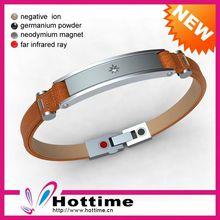 misura regolabile cinturino in pelle bracciali con borchie