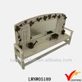 الفن على شكل مقعد خشبي العقول بيضاء جميلة مرسومة باليد إطارات المرآة