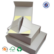 china professional manufacturer folding paper box for wine ,cosmetic ,gifts packaging