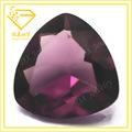 علي بابا الصين المثلث الأرجواني زجاج الأحجار الكريمة تريليون قص