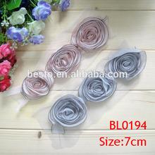 Latest wholesale rose shabby flower trimming bridal garment lace applique
