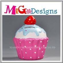 China Handmade Dolomite Piggy Money Box With Cake Design