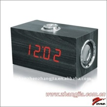 2012 promotional Digital desk Wooden Clock with Speaker