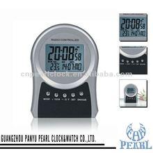 Radio Controlled Desk Clock With Alarm Snooze Calendar PR027
