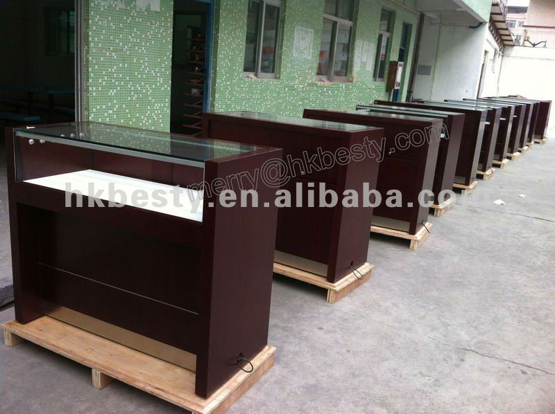 professional making jewelry display showcase or jewelry store display furniture