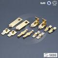 tornillos de metal y piezas del fabricante